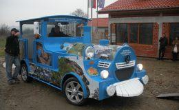 Туристическа атракция забавен бавен влак смешен влак дизел бензин Метан електрически 4×4