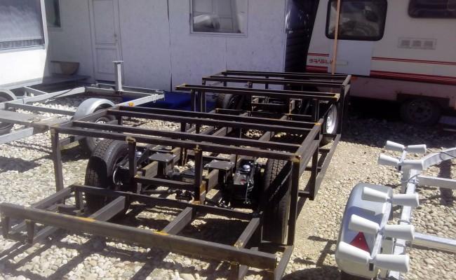 venda de eixos para reboques com air bags e semi-condutores que fazem freios a ar para reboques e caravanas
