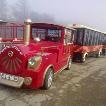 Metan gazı ile çalışan dünyada ilk üretilen turistik tren Lovech'e teslim edildi – 2014